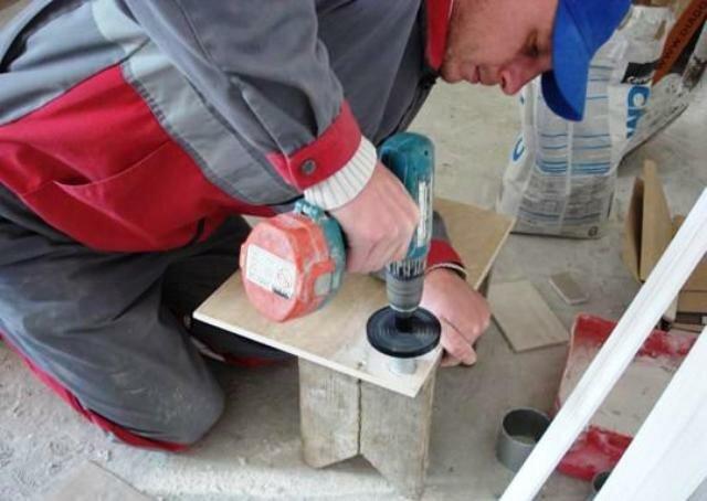 Как правильно сверлить керамику